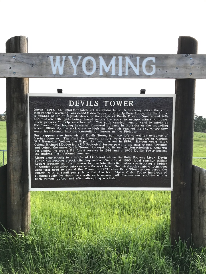 Devil's Tower Sign