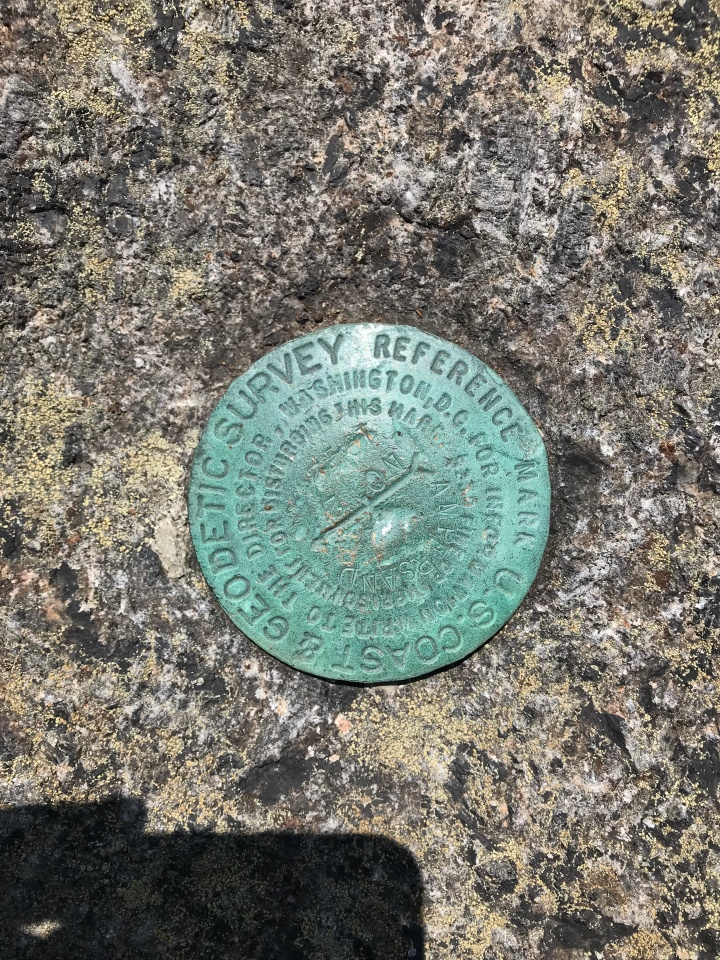 Ampersand Summit Marker