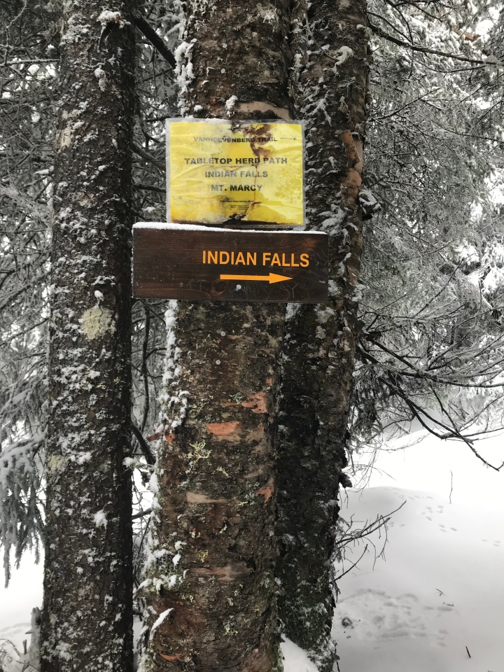 Sign to Indian Falls