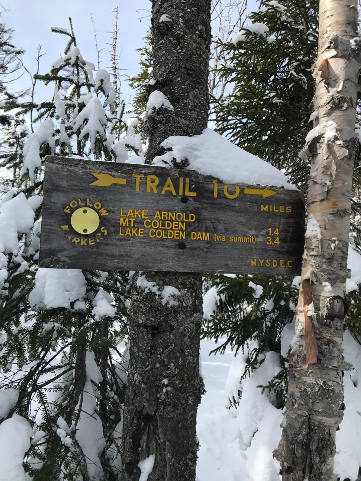 Trail sign 1.4 miles to Colden summit
